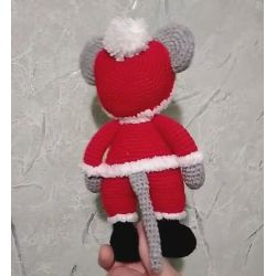 Amigurumi Crochet Santa Claus Mouse Toy
