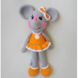 Amigurumi Mouse-girl